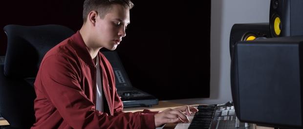 Daniel Peter